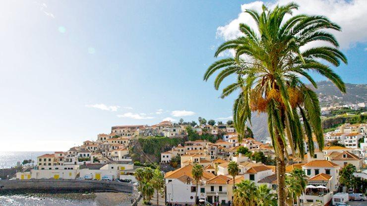 Madeirische Hafenstadt